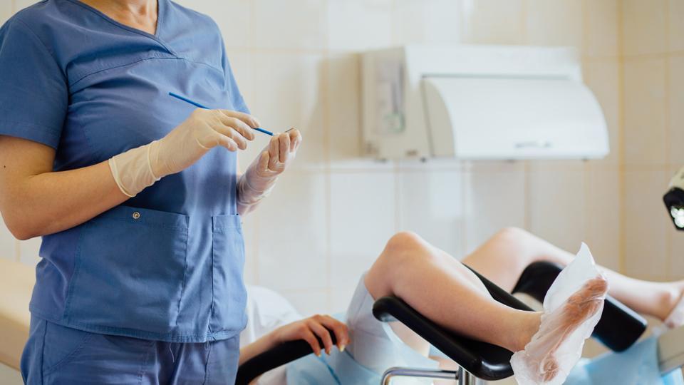 Безоперационный аборт в медицинском центре